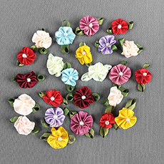 Round Swirly Flower Bows
